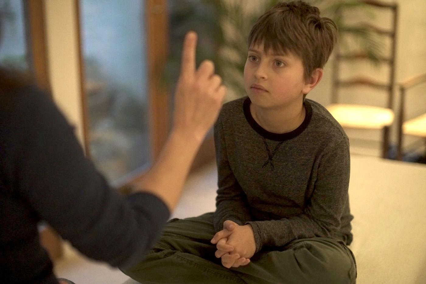Child receiving Brainbuzzz therapy